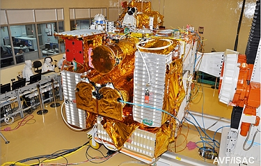 The completed Astrosat satellite (photo: Indian Space Research Organisation)