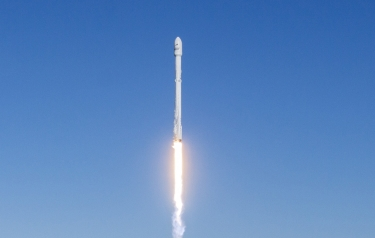 Falcon 9 lifted off from Space Launch Complex 4E at Vandenberg Air Force Base in California at 9:54:39 am PST (Credit: SpaceX)