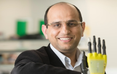 Dr Ravinder Dahiya (Credit: University of Glasgow)