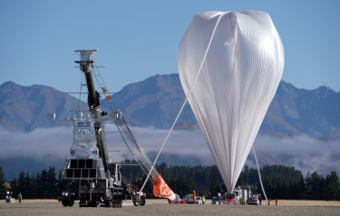NASA's super-pressure balloon took flight at 10:50 a.m. local time April 25 (5:50 p.m. CST April 24) from Wanaka Airport in New Zealand (Credit: NASA/Bill Rodman)