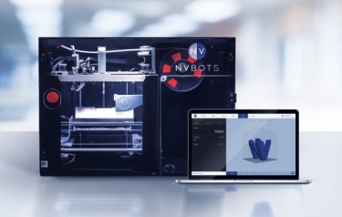 MIT spinout New Valence Robotics (NVBOTS) has brought to market the only fully automated commercial 3-D printer that's equipped with cloud-based queuing and automatic part removal (Credit: MIT/NVBOTS)