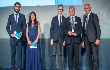 The DLR Special Prize of the European Satellite Navigation Competition goes to Lithuania (Credit: DLR)