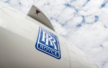Rolls-Royce - Queen's helping Rolls-Royce develop aircraft