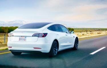 Tesla slashes its Model 3 price to just $35,000