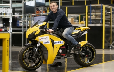 Tom Weeden, on the electric superbike (Image: WMG, University of Warwick)