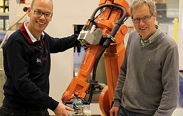 Automation scientists Fredrik Danielsson and Bo Svensson are developing flexible automation systems