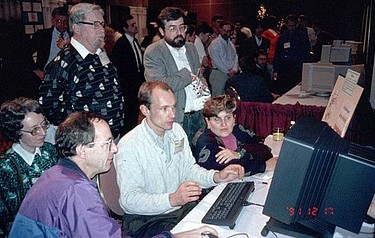 Tim Berners-Lee demonstrates the World Wide Web to delegates at the Hypertext 1991 conference in San Antonio, Texas (photo courtesy of the CERN photo archive)