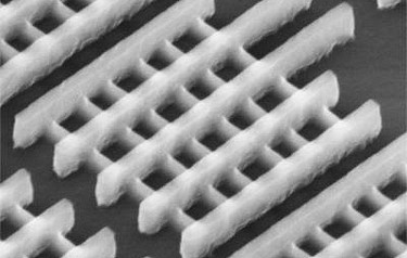 The three-dimensional tri-gate (FinFET) transistors shown here are among the 3D microchip structures that could be measured using TSOM (image courtesy of Intel Corporation)